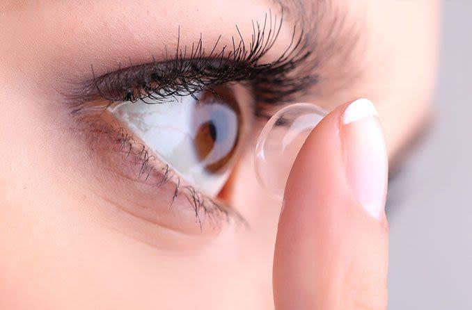¿Cómo cuidar mis lentes de contacto?